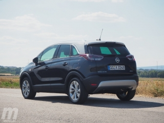 Fotos Opel Crossland X 1.2T Foto 2