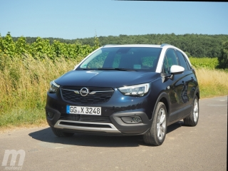 Fotos Opel Crossland X 1.2T Foto 8