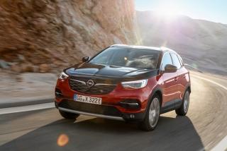Fotos Opel Grandland X Hybrid4 Foto 14