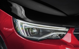 Fotos Opel Grandland X Hybrid4 Foto 32