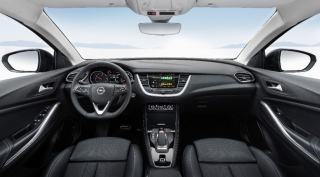 Fotos Opel Grandland X Hybrid4 - Miniatura 35
