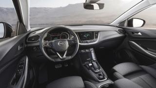 Fotos Opel Grandland X Hybrid4 Foto 36