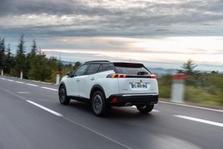 Fotos Peugeot 2008 2020 Foto 107