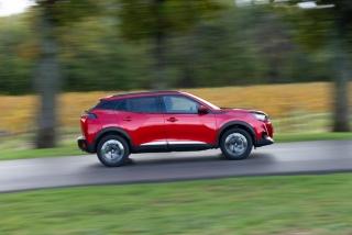Fotos Peugeot 2008 2020 Foto 151