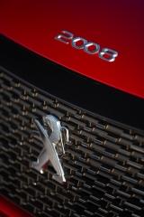 Fotos Peugeot 2008 2020 Foto 208