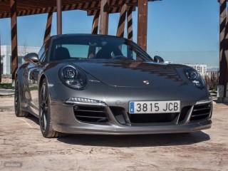 Fotos Porsche 911 Carrera 4 GTS - Miniatura 31