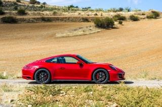 Fotos Porsche 911 Carrera 4 GTS - Foto 6