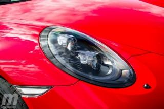 Fotos Porsche 911 Carrera 4 GTS Foto 8