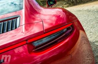 Fotos Porsche 911 Carrera 4 GTS Foto 25