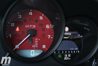 Fotos Porsche 911 Carrera 4 GTS Foto 33