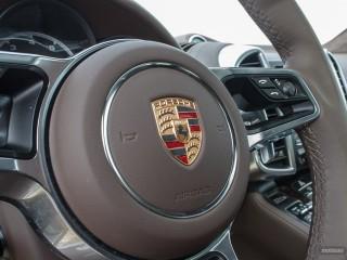 Fotos Porsche Cayenne Turbo y S 2015 Foto 31