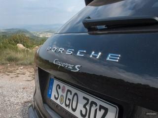Fotos Porsche Cayenne Turbo y S 2015 Foto 34