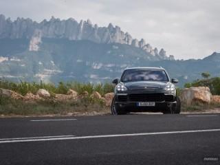 Fotos Porsche Cayenne Turbo y S 2015 Foto 39