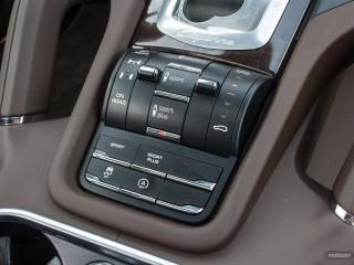 Fotos Porsche Cayenne Turbo y S 2015 Foto 65