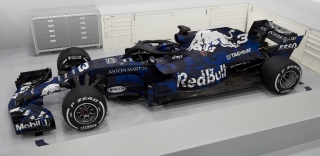 Fotos Red Bull RB14 F1 2018 - Foto 3