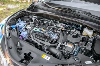 Fotos Toyota C-HR 2.0 Hybrid Dynamic Force 184 CV Foto 88