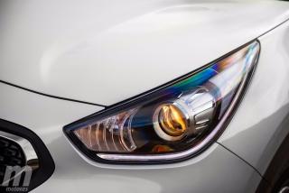 Fotos Toyota C-HR vs Kia Niro Foto 15