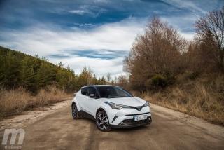 Fotos Toyota C-HR vs Kia Niro Foto 21