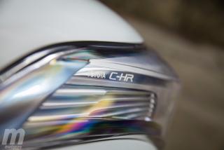 Fotos Toyota C-HR vs Kia Niro Foto 23