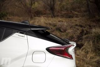 Fotos Toyota C-HR vs Kia Niro Foto 36