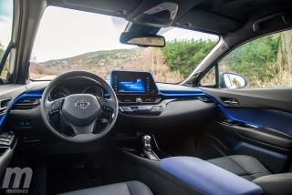 Fotos Toyota C-HR vs Kia Niro Foto 46