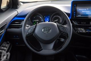 Fotos Toyota C-HR vs Kia Niro Foto 47