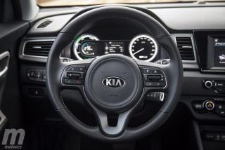 Fotos Toyota C-HR vs Kia Niro Foto 74