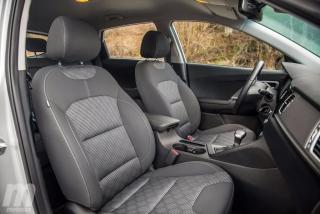 Fotos Toyota C-HR vs Kia Niro Foto 87