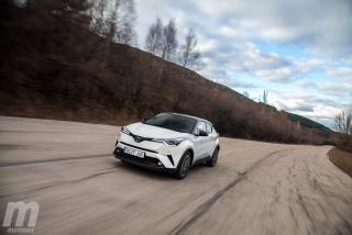 Fotos Toyota C-HR vs Kia Niro Foto 112