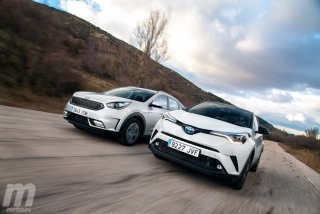 Fotos Toyota C-HR vs Kia Niro Foto 121