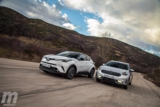 Fotos Toyota C-HR vs Kia Niro Foto 122
