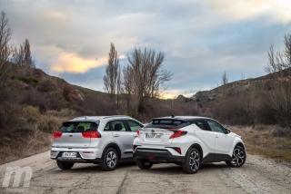 Fotos Toyota C-HR vs Kia Niro Foto 130