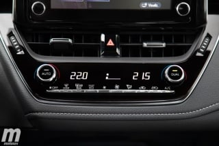 Fotos Toyota Corolla Sedán 2019 Foto 62