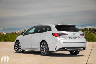Foto 2 - Fotos Toyota Corolla Touring Sports 2019