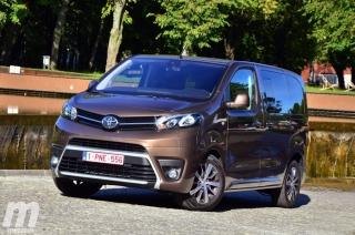 Foto 1 - Fotos Toyota Proace Verso 2017