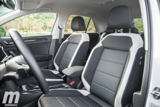 Fotos Volkswagen T-Roc Sport 2.0 TDI DSG 4Motion Foto 13