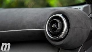 Galería comparativa Nissan Juke vs Hyundai KONA Foto 28