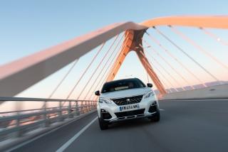 Foto 2 - Galería Peugeot 3008-Hybrid