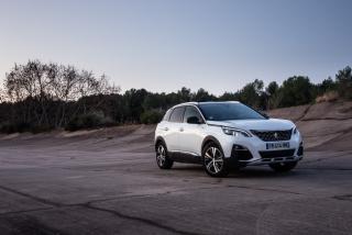 Galería Peugeot 3008-Hybrid Foto 11