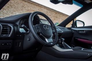 Lexus CT 200h y NX 300h 2018 Foto 31