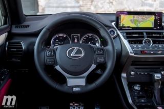 Lexus CT 200h y NX 300h 2018 Foto 32