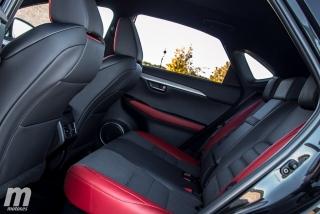 Lexus CT 200h y NX 300h 2018 Foto 49