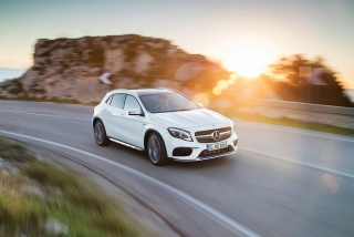 Mercedes GLA y GLA45 AMG 2017 Foto 3