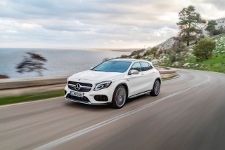 Mercedes GLA y GLA45 AMG 2017 Foto 8