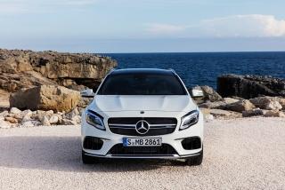 Mercedes GLA y GLA45 AMG 2017 Foto 14