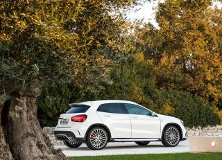 Mercedes GLA y GLA45 AMG 2017 Foto 22