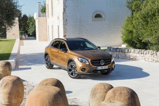 Mercedes GLA y GLA45 AMG 2017 Foto 51