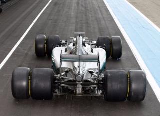 Neumáticos Pirelli F1 2017 Foto 43