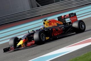 Neumáticos Pirelli F1 2017 Foto 69