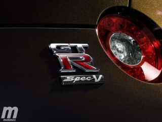 Nissan GTR R35 SPEC-V 2010, debut de la nueva versión Foto 23